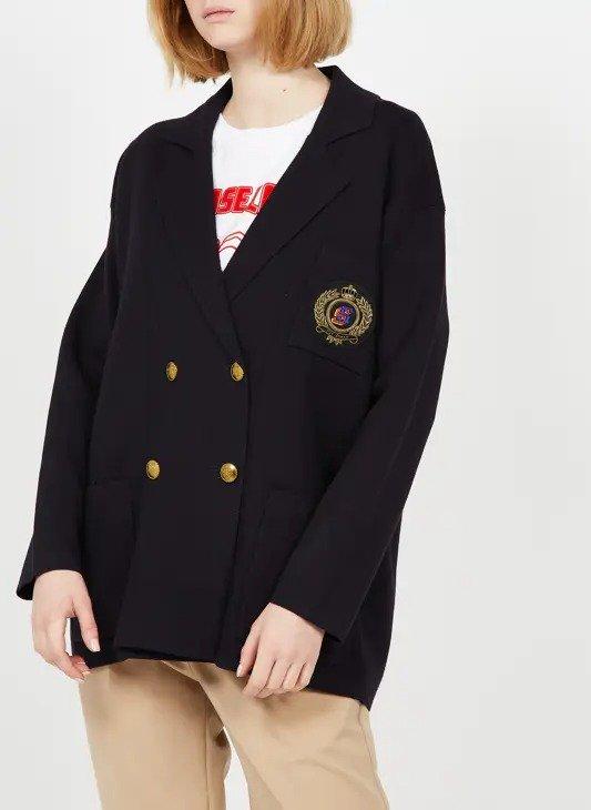 黑色西装外套
