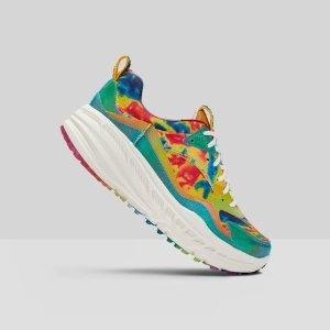 两色可选 €149.95拿下UGG CA805 12X12 全新热感运动鞋 世界地球日限定款