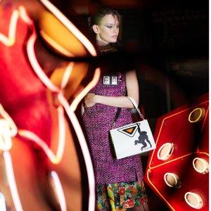 4折起+无门槛8折Prada 新年全线美包美鞋美衣折扣热卖
