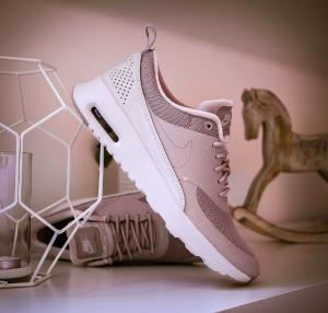 低至7折  $56.25起Nike 多款夏日美腻配色运动鞋促销
