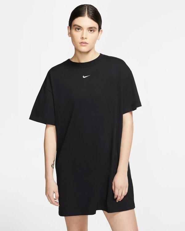 黑色T恤连衣裙
