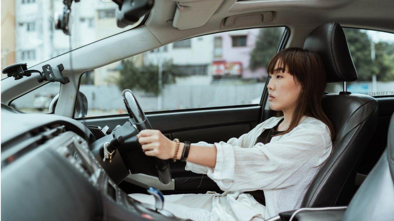 加拿大车险科普帖:哪些因素会影响保费?用最省钱的方式买车险!