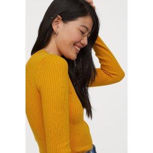 H&M姜黄色打底衫