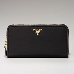 封面款钱包6.8折到手仅$494Prada 精选卡包仅$164,520礼物提前准备