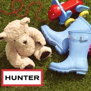 低至5折 儿童小粉靴$45 免邮Hunter 糖果色雨靴特卖 女士显瘦短靴$93 雨天也有缤纷色彩