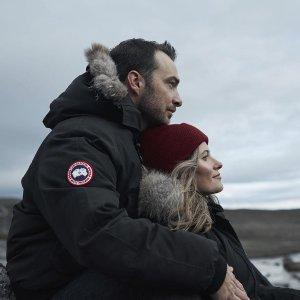 低至5折+免邮 远征款也有Canada Goose 反季大促 女士防风外套$189,Victoria外套$779