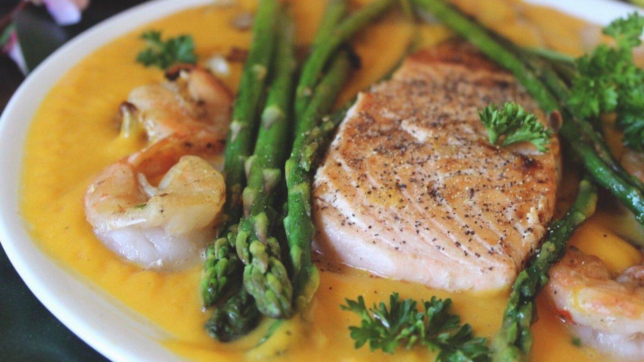 做鱼一点也不难|带你花式吃鱼,剁椒鱼头,酸菜鱼,番茄龙利鱼,日式三文鱼,零失败熏鱼食谱