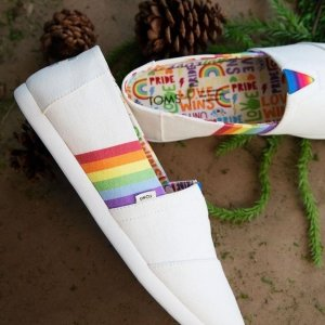 Toms封面彩虹系列彩虹帆布鞋