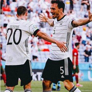低至4.4折! T恤€34收Prime Day 狂欢价:Adidas 德国队欧洲杯球衣 和你pick的球队get同款~