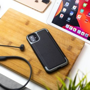 低至3折 国际转换插头$5.5创意手机壳、配件热卖 创意苹果手机壳$9.5起 车载插头$4