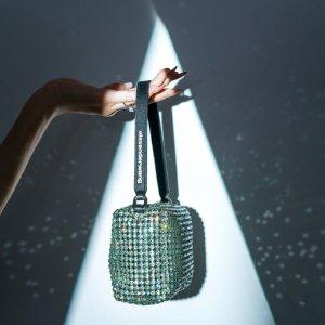 8.5折 水钻包、丝绸包£386Alexander Wang 周末限时闪促 水钻包、丝绸包包罕见有折!