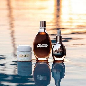 Enjoy a deluxe sample ofThe Eye Concentrate Deluxe with any online purchase @ La Mer