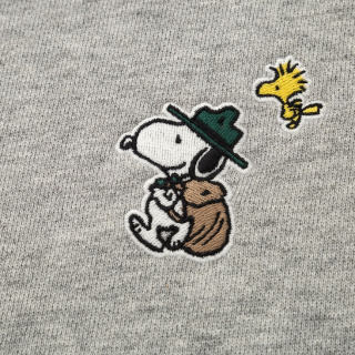 As Low as $7.9Uniqlo PEANUTS UT and Sweatshirts
