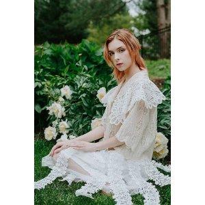 白色立体蕾丝套装