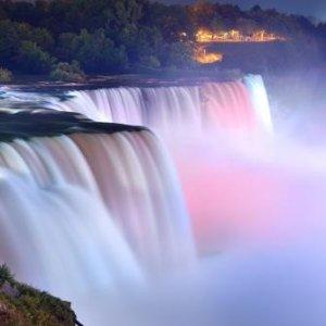每人$100起 探秘神秘洞+大瀑布美境尼亚加拉大瀑布2日跟团游 波士顿出发