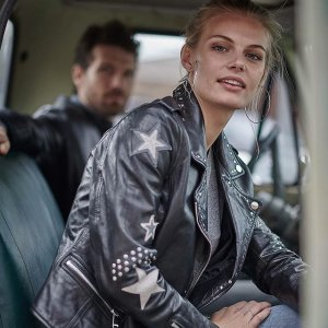 全场额外5折 折扣区也参加Wilsons Leather官网 年中大促 男女帅气皮衣热卖
