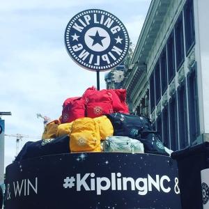 低至4折+最高立减$40+免邮最后一天:Kipling 猩猩包等促销 清新蓝斜挎包$43.7 夏日出行好伙伴