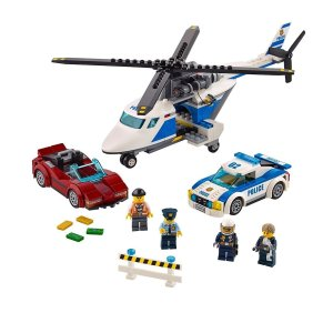 Amazon LEGO City Police High-speed Chase 60138 Building Toy