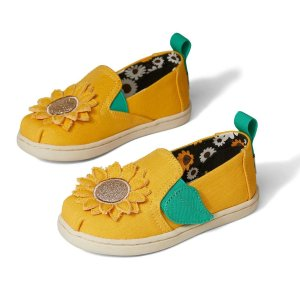 30% OffTOMS Kids Shoes Friends & Family Event