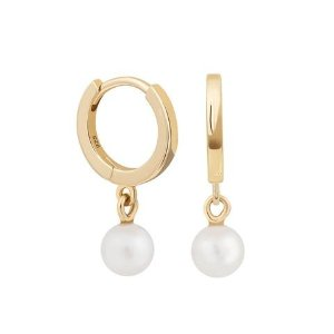 Pearl Huggies in Gold