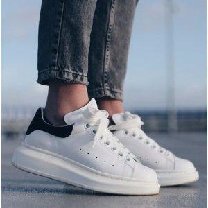 低至7折+1双包税免邮中国Alexander McQueen 小白鞋精选热卖,经典粉尾$421