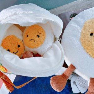 $35收鸡蛋斜挎包 萌化你的心!上新:Jellycat 新品 裹着围巾的小兔子 超萌鸡蛋解锁各种表情