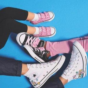 无门槛6折 帆布鞋、T恤、卫衣都有折扣升级:Converse官网 超可爱、超少女Hello Kitty合作款