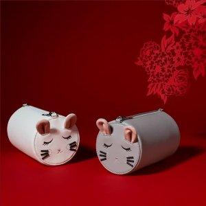 "$16起 ""鼠""你可爱补货:Charles & Keith 新款刺绣美鞋包包"