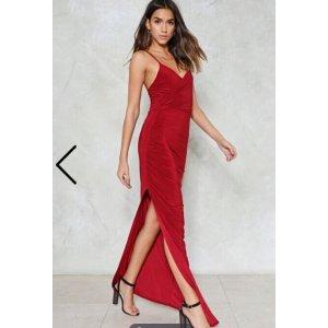 Nasty Gal 开衩睡衣吊带裙