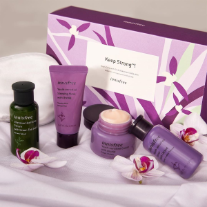 $29($54 Value)Innisfree Orchid Youth Care Set