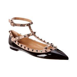 Valentino漆皮黑色铆钉芭蕾平底鞋
