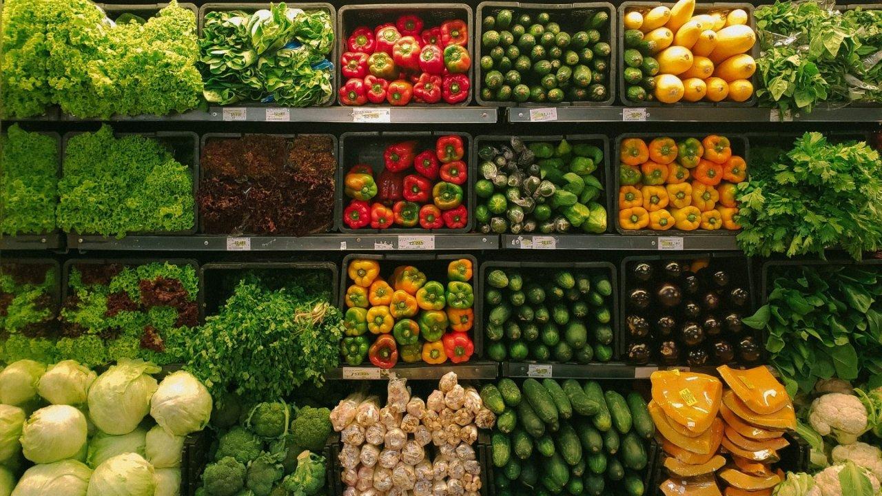 新冠肺炎在加拿大:疫情期间足不出户如何买菜?