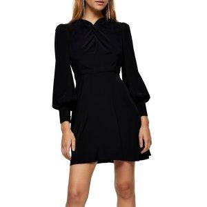 低至3折 封面小黑裙$32