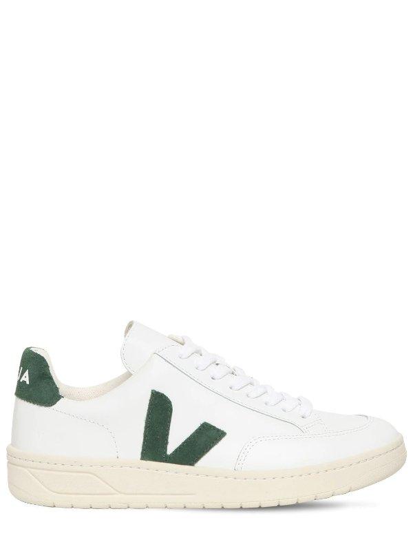 V-12 小白鞋