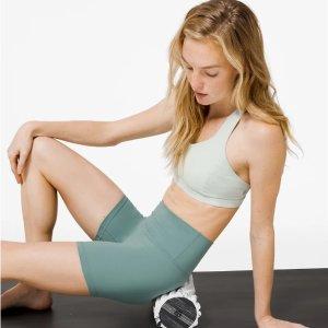 $12起 高颜值装备Lululemon官网 瑜伽爱好者必备好物 泡沫滚轴、瑜伽垫等上新