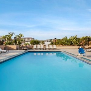$147 on New year EveCrowne Plaza Los Angeles Harbor Hotel deals @ Crowne Plaza