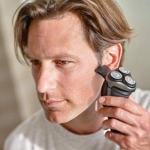 现价£45(原价£120)Philips 3000  系干湿两用电动剃须刀