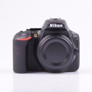 Nikon D5600 机身+镜头套装