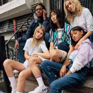 Up to 50% Off+ Extra 30% OffAdaptive Sale @Tommy Hilfiger