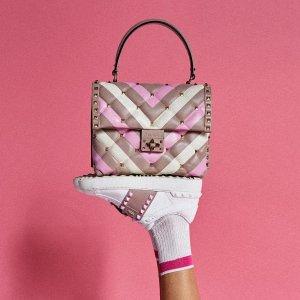 低至5折 收经典铆钉包鞋Valentino精选美鞋、包包、服饰等促销