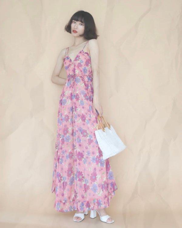 印花吊带裙