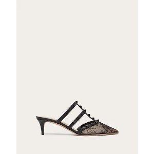 铆钉蕾丝高跟鞋