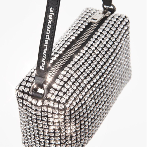 精选8折 水钻包£364 丝绸包£220Alexander Wang 新款惊喜大促 水钻包、丝绸包包罕见有折!