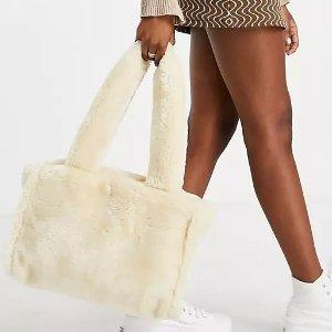 3.8折起 £8就收毛绒腋下包!ASOS 毛绒托特包、腋下包专场 秋冬超可爱温暖时尚单品