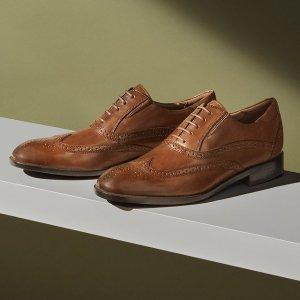 $43.3(原价$156.91)Rockport Total Motion 总统之选牛津鞋  从职场穿到度假