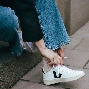 低至6折起 最低£70收小白鞋Veja 环保小白鞋V字温柔色超吸睛 Rick Owens联名款也在线