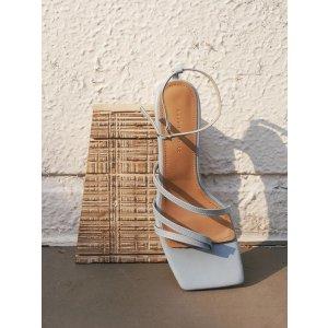 Karen White蓝色方头凉鞋
