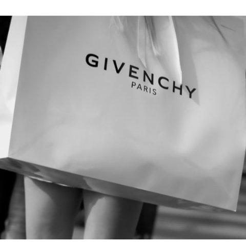 Givenchy 美包专场折扣开启 收双肩背、单肩包等