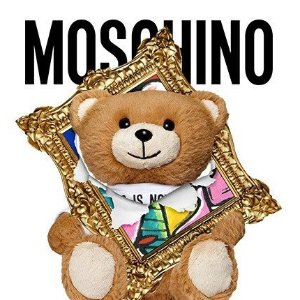 低至5折 $180收泰迪熊短袖Moschino 年中大促 $91收泰迪熊钥匙扣 $163收Logo短袖