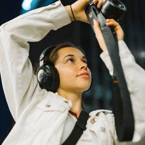 无线耳机折后€34.99 原价€79.99Prime Day 狂欢价:JBL 耳机低至4.4折 收头戴式、入耳式、音箱